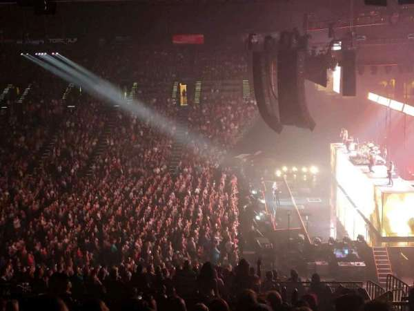MGM Grand Garden Arena, section: 216, row: J