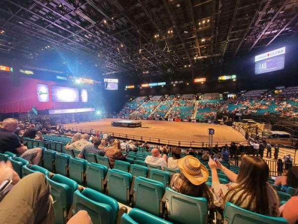 MGM Grand Garden Arena, section: 9, row: 8, seat: 8