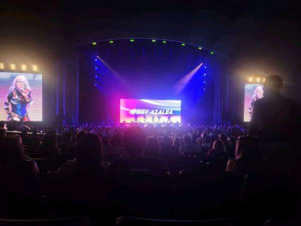 Zappos Theater, section: 103, row: L, seat: 22