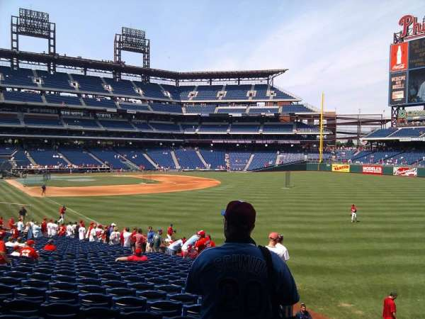 Citizens Bank Park, section: 107, row: 13, seat: 4