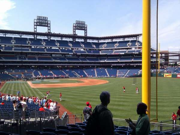Citizens Bank Park, section: 106, row: 14, seat: 5