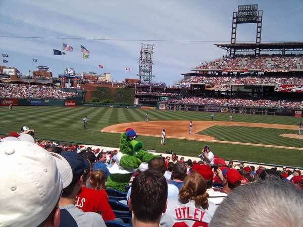 Citizens Bank Park, section: 130, row: 20, seat: 14