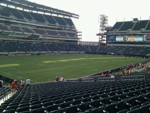 Lincoln Financial Field, section: 115, row: 27, seat: 25