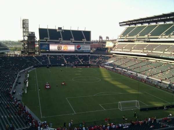 Lincoln Financial Field, section: M9, row: 16, seat: 5