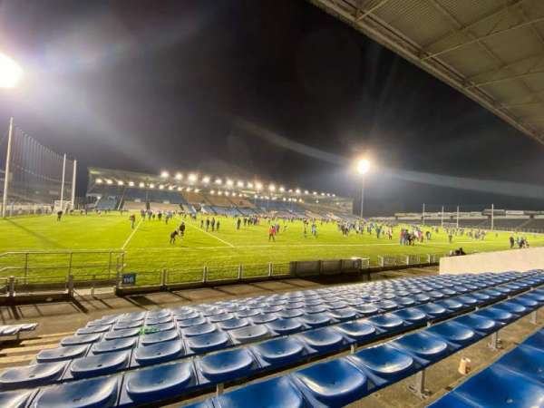 Semple Stadium, section: 116, row: L, seat: 12