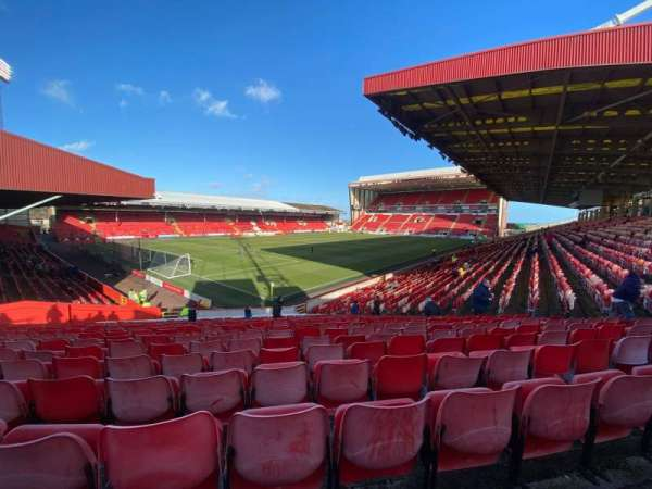 Pittodrie Stadium, section: Y, row: BB, seat: 281