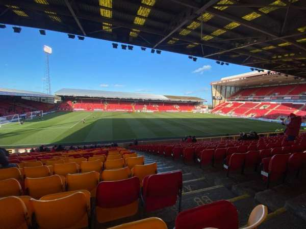 Pittodrie Stadium, section: W, row: DD, seat: 181