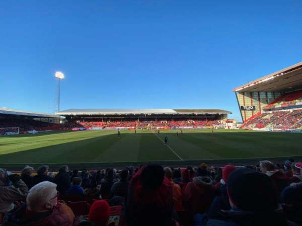 Pittodrie Stadium, section: T, row: N, seat: 143