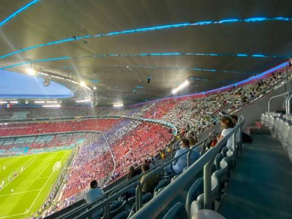 Allianz Arena, section: 333, row: 9, seat: 20