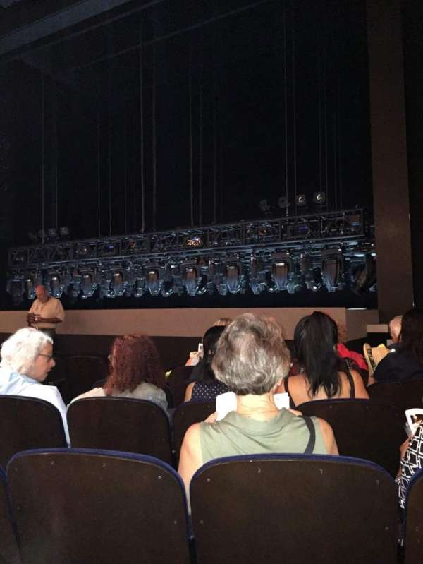 Lunt-Fontanne Theatre, section: Orchestra, row: J, seat: 10