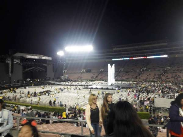Rose Bowl, section: 6-H, row: 32, seat: 114
