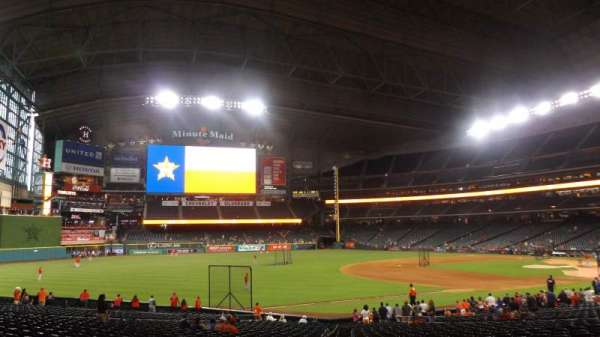 Minute Maid Park, section: 108, row: 32, seat: 6
