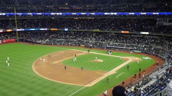 Yankee Stadium, section: 329, row: 3, seat: 22