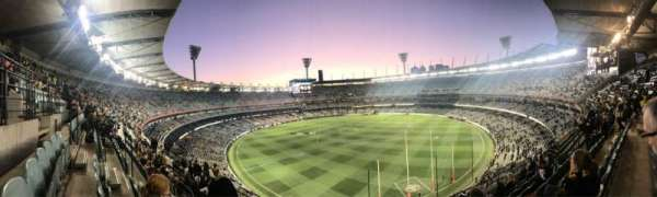 Melbourne Cricket Ground, section: Q5, row: H, seat: 13