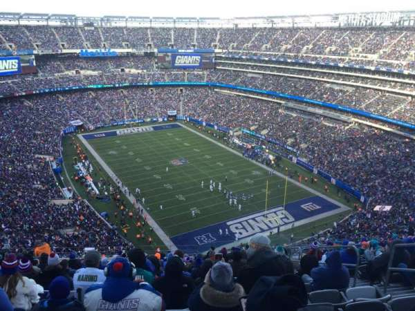 MetLife Stadium, section: 330, row: 23, seat: 6