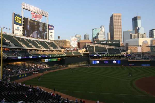 TARGET FIELD, section: R, row: 7, seat: 13