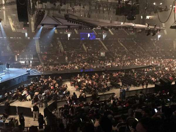 Nassau Veterans Memorial Coliseum, section: 120, row: 8, seat: 3