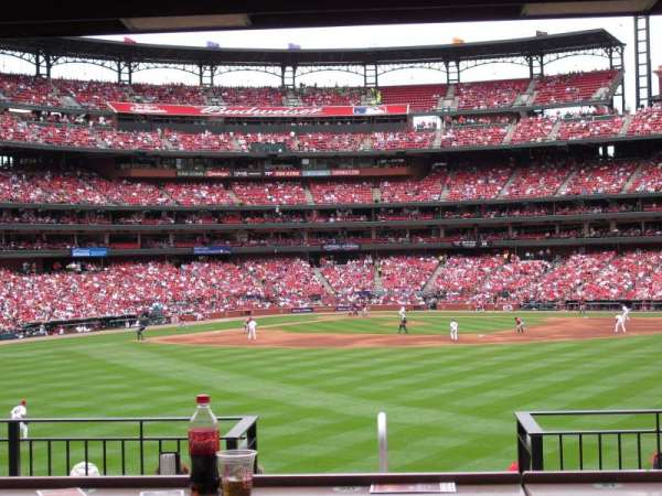Busch Stadium, section: HLA, row: B, seat: 33