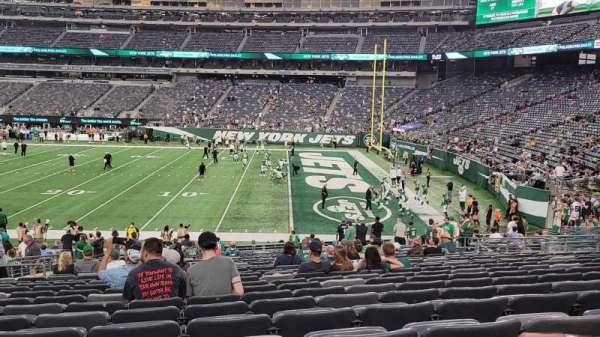 MetLife Stadium, section: 134, row: 26, seat: 20
