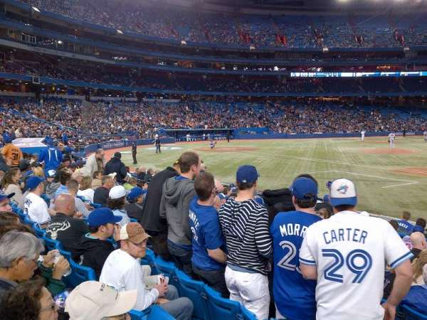Rogers Centre, section: 115R, row: 15, seat: 4
