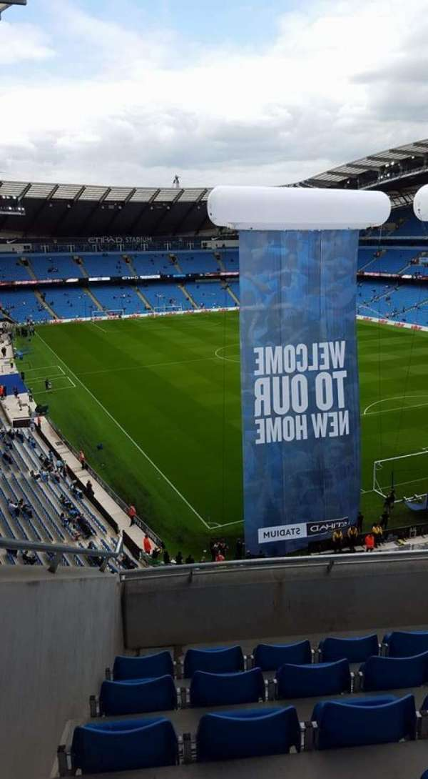Etihad Stadium (Manchester), section: 318, row: F, seat: 516