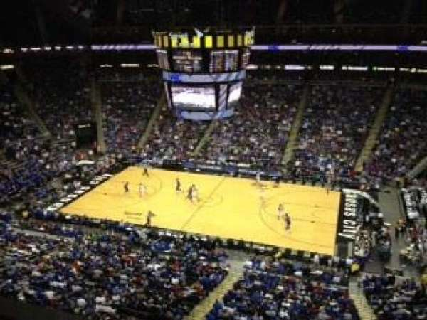 Sprint Center, section: 208, row: 1