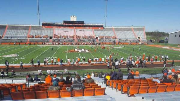 Doyt Perry Stadium, section: 14, row: 27, seat: 4