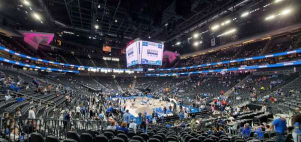 T-Mobile Arena, section: 19, row: L, seat: 8