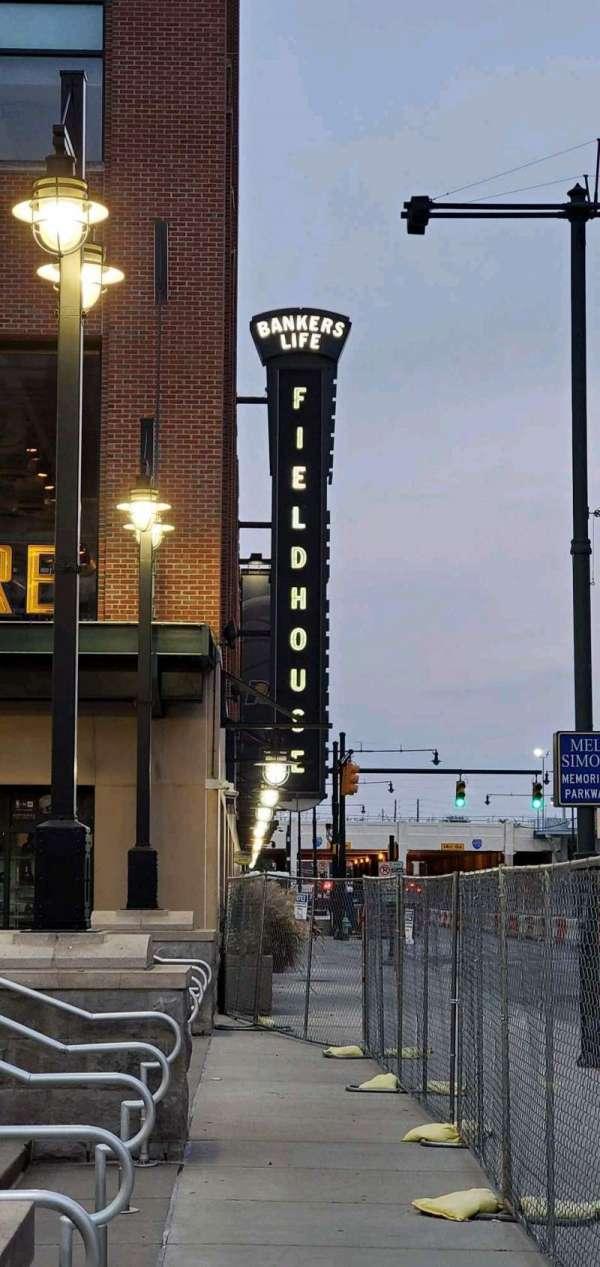 Bankers Life Fieldhouse, section: Entrance Pavilion