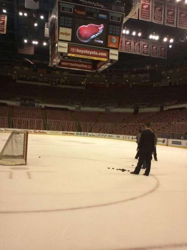 Joe Louis Arena, section: 115, row: Standing o, seat: Ice :-D