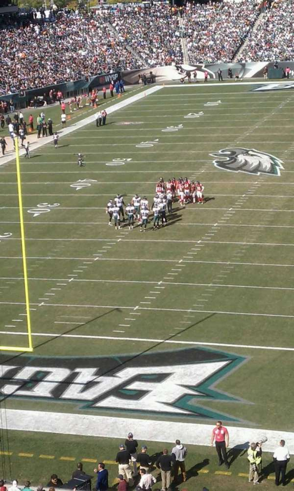 Lincoln Financial Field, section: M12, row: 2, seat: 3
