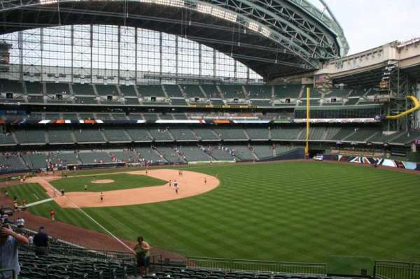 Miller Park, section: 206, row: 16, seat: 7