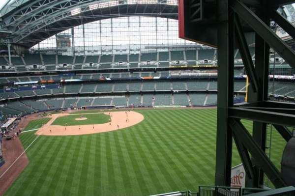 Miller Park, section: 302, row: 7, seat: 10