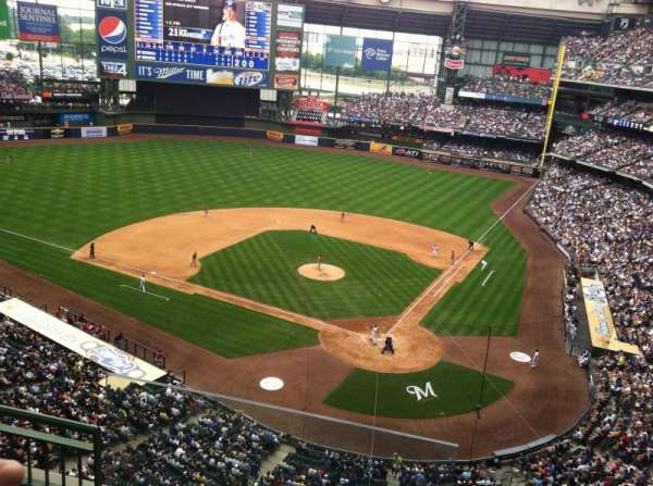Miller Park, section: 423, row: 4, seat: 13