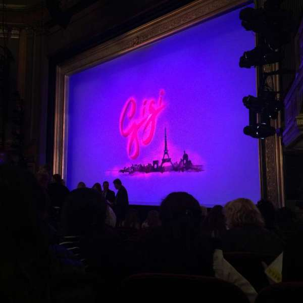 Neil Simon Theatre, section: Orchestra R, row: F, seat: 4