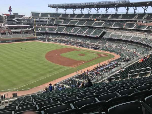 Truist Park, section: 340, row: 13, seat: 19