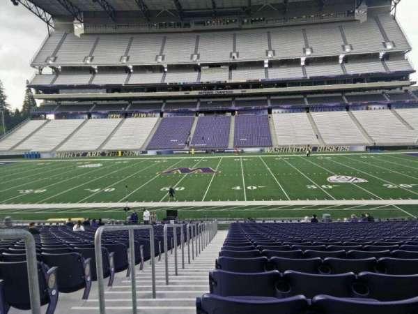 Husky Stadium, section: 128, row: 27, seat: 27