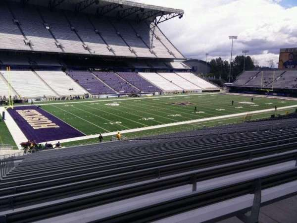 Husky Stadium, section: 110, row: 40, seat: 25