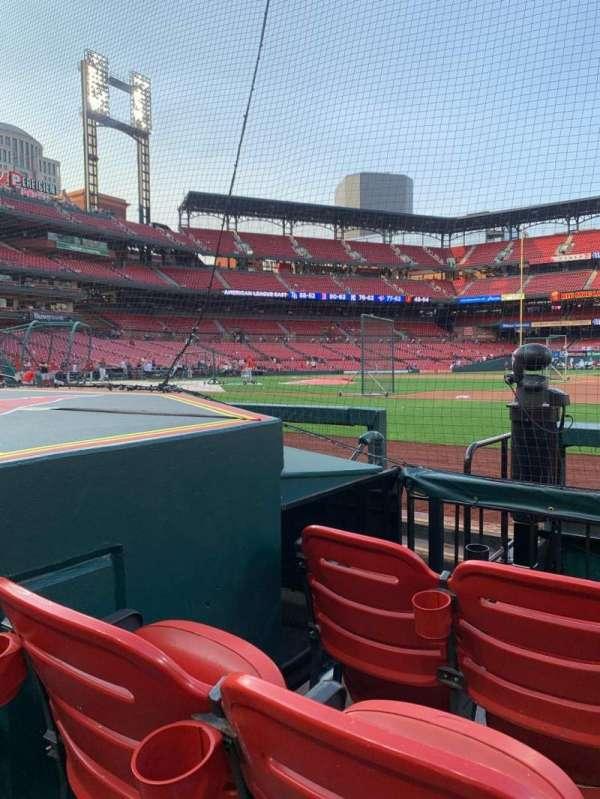 Busch Stadium, section: 142D, row: C, seat: 8