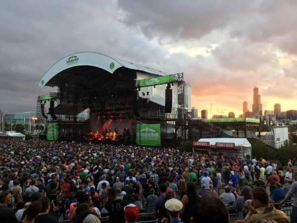 Huntington Bank Pavilion at Northerly Island, section: F - VIP, row: 1, seat: 1