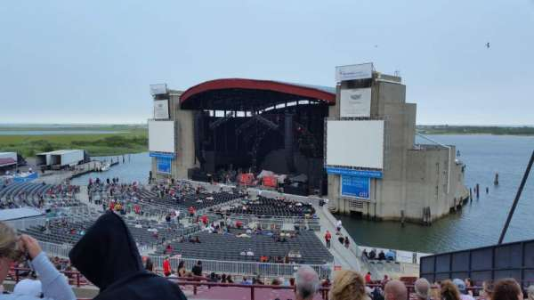 Jones Beach Theater, section: 2, row: LL, seat: 16