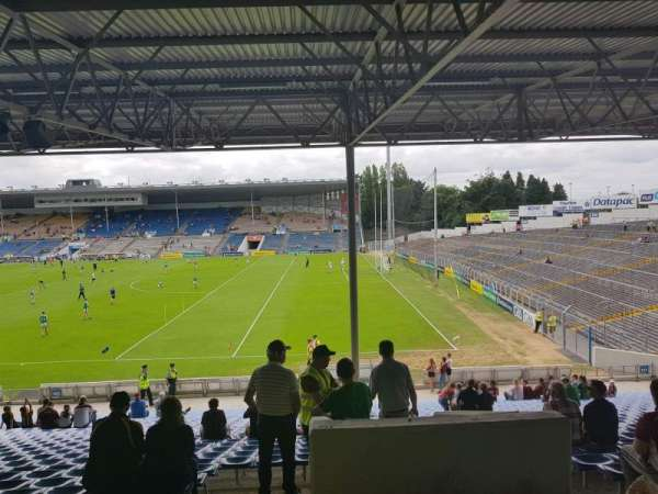 Semple Stadium, section: 126, row: JJ, seat: 17