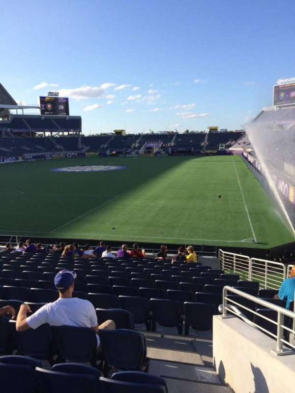 Camping World Stadium, section: 119, row: Q, seat: 18