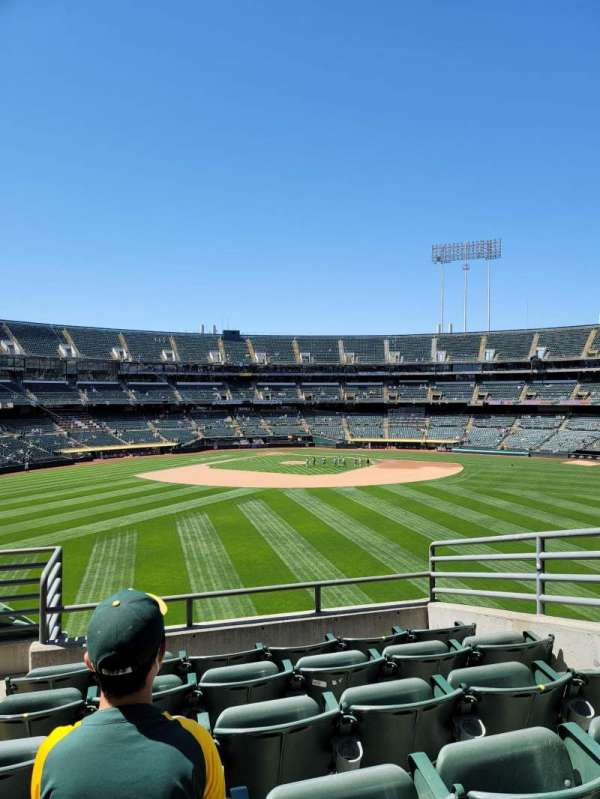 Oakland Coliseum, section: 145, row: 44, seat: 5