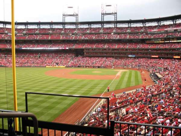 Busch Stadium, section: LP1, row: 3, seat: 19