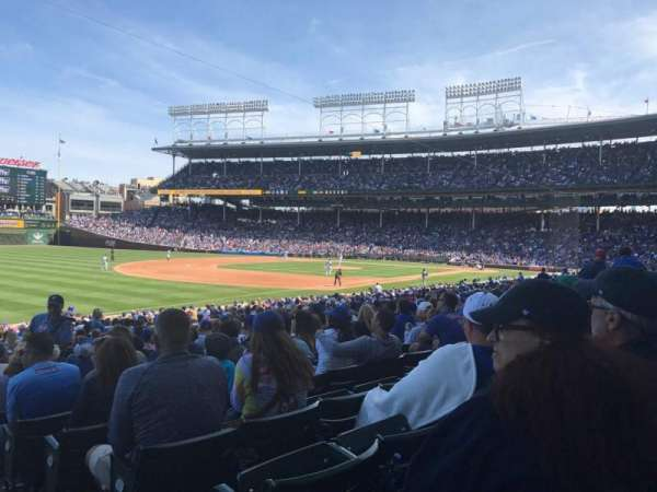 Wrigley Field, section: 105, row: 14, seat: 15