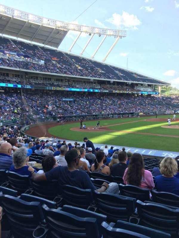 Kauffman Stadium, section: 135, row: T, seat: 7