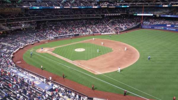 Citi Field, section: 404, row: 1, seat: 20
