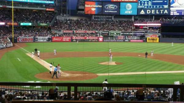 Yankee Stadium, section: 118S, row: 17S, seat: 9