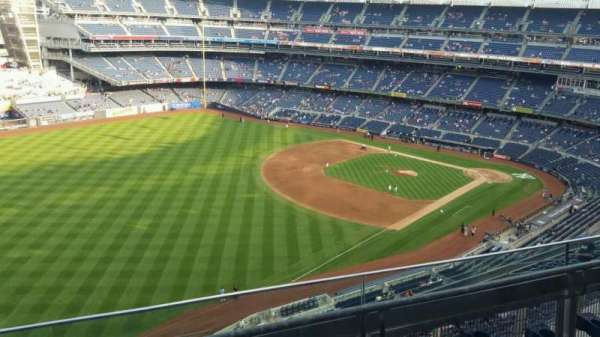 Yankee Stadium, section: 431a, row: 3, seat: 7
